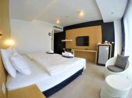 Viesnīca Vivace Hotel pilsētā Kamalas pludmale