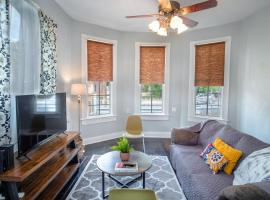 Remodeled Historic 2BR 1BA House Near Downtown, apartment in San Antonio