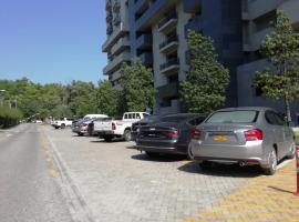 Royal Silver Oaks, apartment in Islamabad