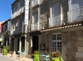 Hôtel Saint Louis, hotel in Aigues-Mortes