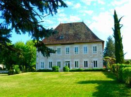 Domaine du Manoir, hôtel à Les Avenières près de: Walibi Rhône-Alpes