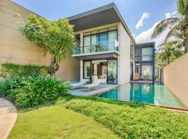 Abogo Resort Villas Beachview Da Nang, cottage ở Đà Nẵng