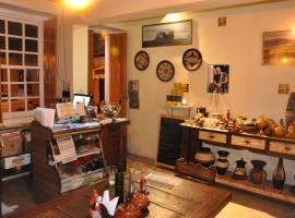 Cafe Preto Hospedaria e Bistrô, homestay in Mucugê