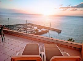 Magnificent Apt. with Sea View, Cliff & Marina, hotel v destinácii Santiago del Teide