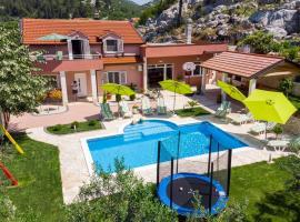 Holiday home Ostojić attractive villa with private pool near lakes, villa in Ploče