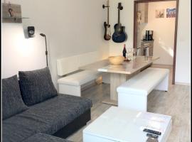 15% Discount - 60m² - Wasserbett - WiFi - Parking -Balkon, apartment in Dortmund