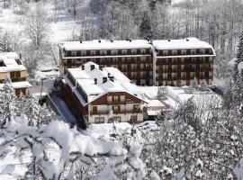 Club Hotel Solaris, hotel a Cesana Torinese