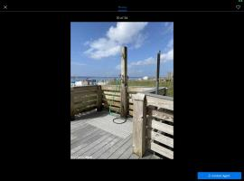 Crystal Shores, serviced apartment in Gulf Shores