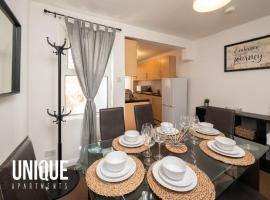 Spacious 3 Bedroom House Close to City Centre, hotel in Reading