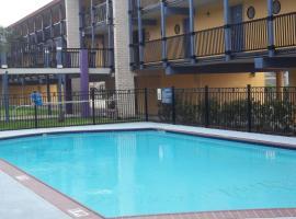 Scottish Inns Galveston, hotel in Galveston