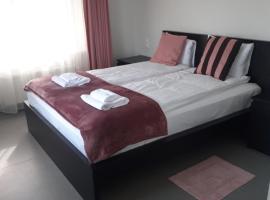 Jaunāmuiža Apartamenti, hotel in Valmiera