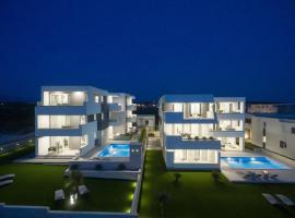 Apartments & Rooms Pool Villas Maris, apartament a Novalja