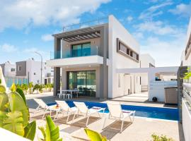 Sunrise Seeker Villa 3 Bdrm With Big Pvt Pool In Protaras, villa in Protaras