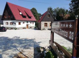 Rustic Lodge Plitvice 1, guest house in Jezerce