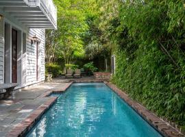 Villa Santuario, vacation rental in Charleston