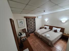 Metropole Hotel, hotel in Limassol