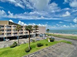 Condo with a view on the beach - Villa del sol 2217, vacation rental in Corpus Christi