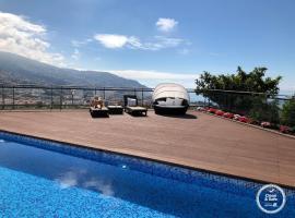 Villa Beausoleil by Madeira Sun Travel, hotel cerca de Mirador Pico dos Barcelos, Funchal