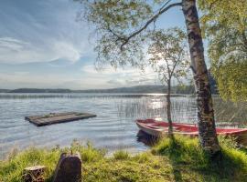 Lake cottage near Isaberg, hotel near Norrliften Ski Lift, Åsenhöga