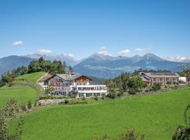 Hotel Torgglerhof, hotell i Brixen