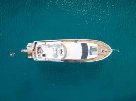 """Sea BaronIV """"BedsonBoat"""", boat in Birgu"""