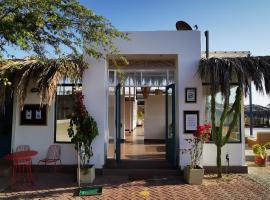 KOKOA HOTEL, hotel in Vichayito