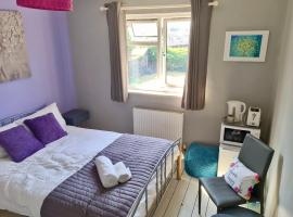 love-lyph stays, budget hotel in Watford