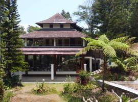 Bima @Villa Palalangon, pet-friendly hotel in Bandung