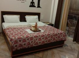 Rudram Hotel Yoga & Ayurveda Retreat, hotel in Rishīkesh