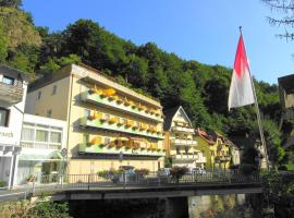 Hotel Heissinger, hotel near Bayreuth Central Station, Bad Berneck im Fichtelgebirge