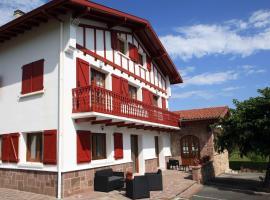 Apartamentos Armua, hôtel à Zugarramurdi