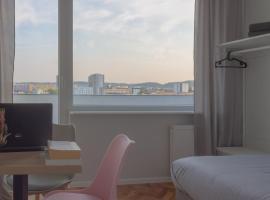INITIUM rooms - Obrońców Wybrzeża 4D, sted med privat overnatting i Gdańsk