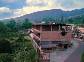 Vila NJD, hotel near Ciherang Waterfall, Bogor
