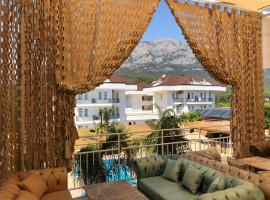 ESQUIRE HOTELS and LOUNGES, hotel in Kemer