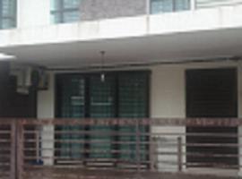 60, Jalan Saujana Klia 1/2, Taman Saujana KLIA, villa in Kuala Lumpur