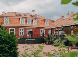Vanadziņa māja, hotel in Cēsis