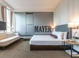 Mayer Inn, hotel in Taipei