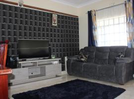 ROSLY HOMES, hotel in Nakuru
