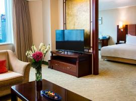 Holiday Inn Shenzhen Donghua, an IHG Hotel, hotel in Nanshan, Shenzhen