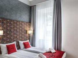 Apartamenty Nowa Kamienica Częstochowa Centrum Szymanowskiego 22A – hotel w mieście Częstochowa