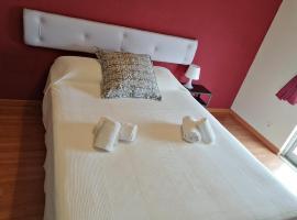 Guesthouse RSA, hotel in Almancil