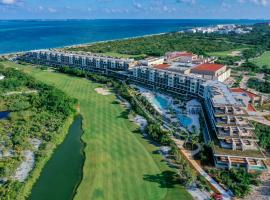 Estudio Playa Mujeres - Kids Free All Inclusive Resort, resort in Cancún