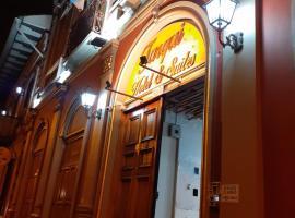 Hotel & suites, hotel in Cuenca