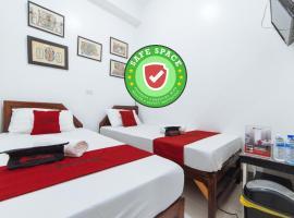 RedDoorz @ Plaza Jaro Iloilo, hotel in Iloilo City