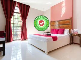 RedDoorz Plus @ West Nautical Road Puerto Galera, hotel in Puerto Galera