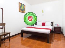 RedDoorz @ Holy Spirit Road Tagaytay, hotel sa Tagaytay