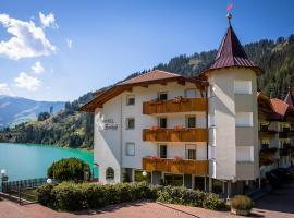 Hotel Seehof, hotel Monguelfóban
