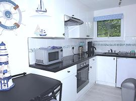 Holiday home, Camelford, Cornwall, cabin in Lanteglos