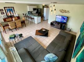 Hillside Village Apartment, hotel in Rio Grande