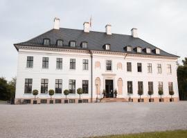 Bernstorff Castle, Hotel in Gentofte Kommune